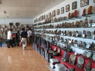 十家子玛瑙城位于阜蒙县十家子镇 是国家工业旅游示范点、辽宁省十