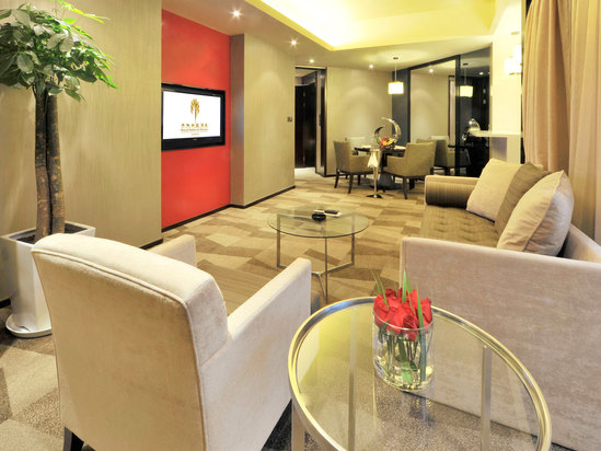 Deluxe Business Suite (2-bedroom and 1-living room)