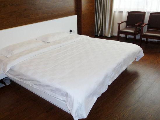 Room photo 8 from hotel Huangjun Hotel