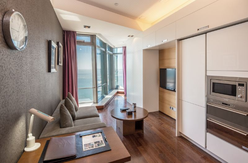 Business Sea View Suite