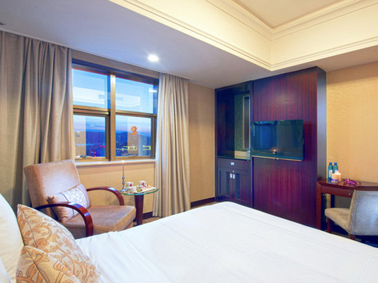 Superior Lake-view Room(pre-pay)